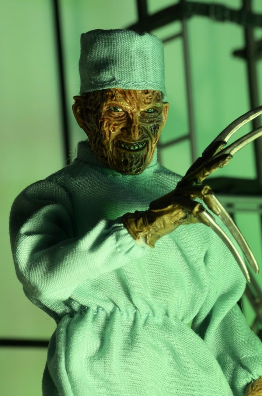 Link a Mego-NOES4-Surgeon-Freddy-Krueger-003