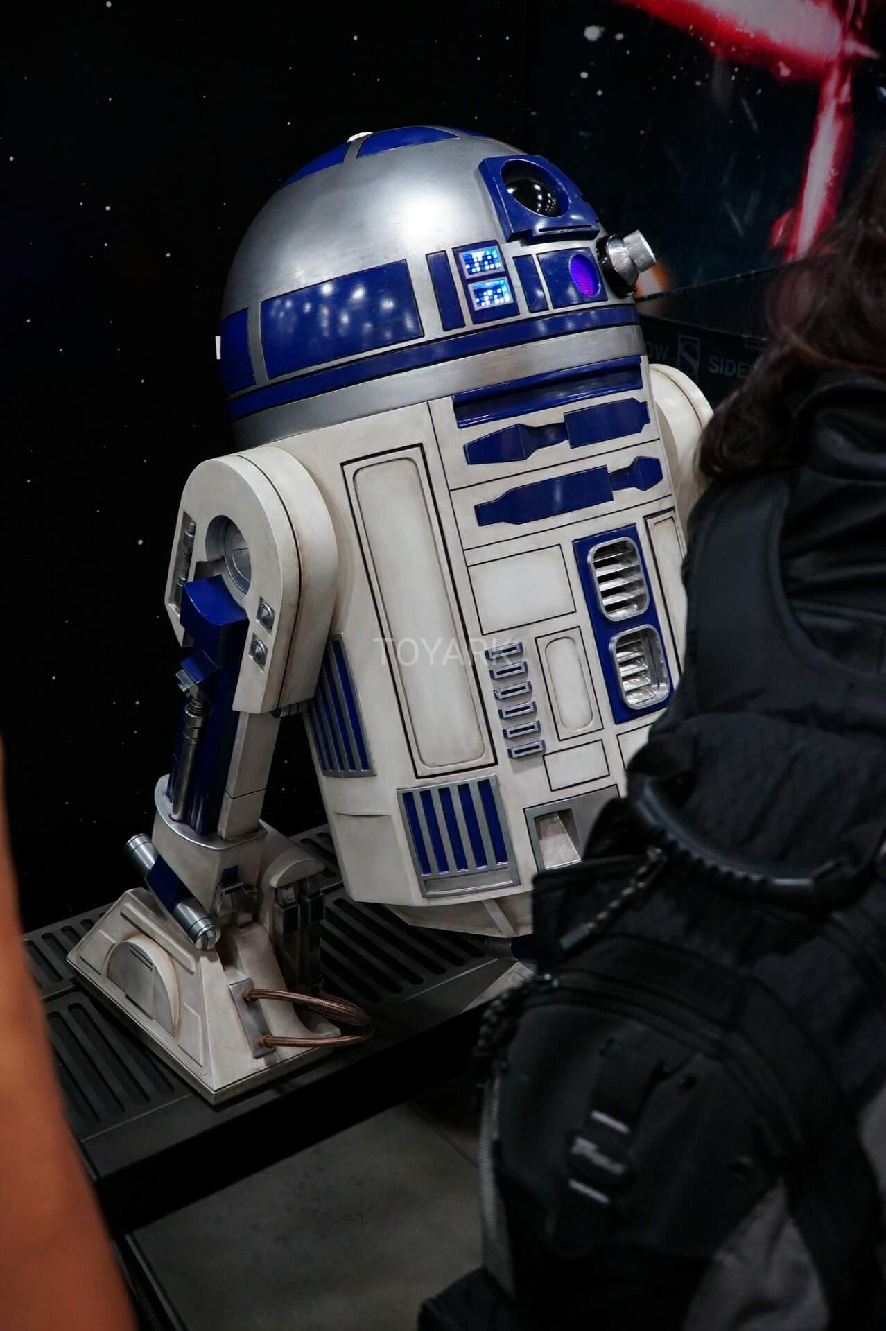 Link a SDCC-2016-Sideshow-Star-Wars-061