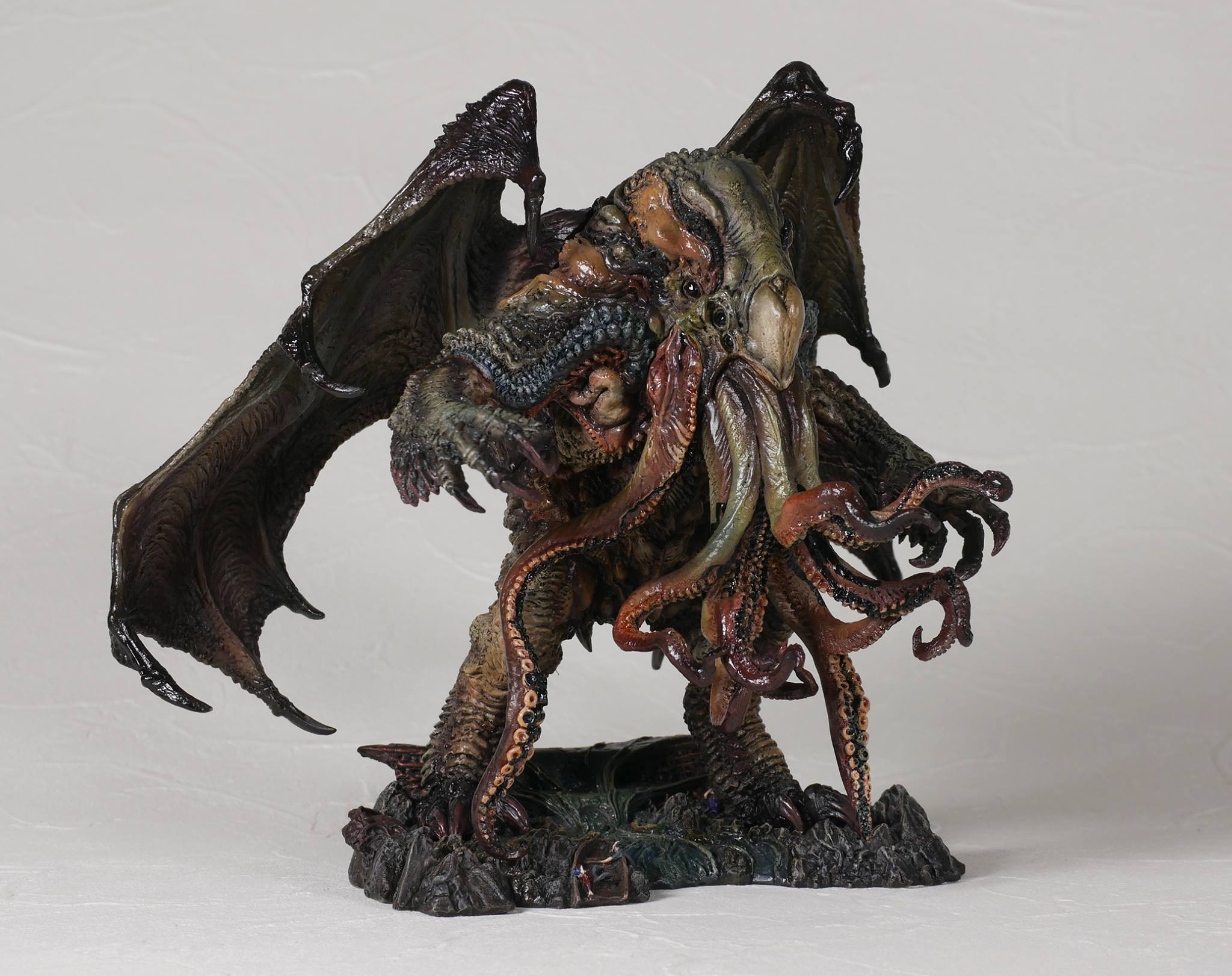 Link a cthulhu-gecco-statue-factory-sample-001