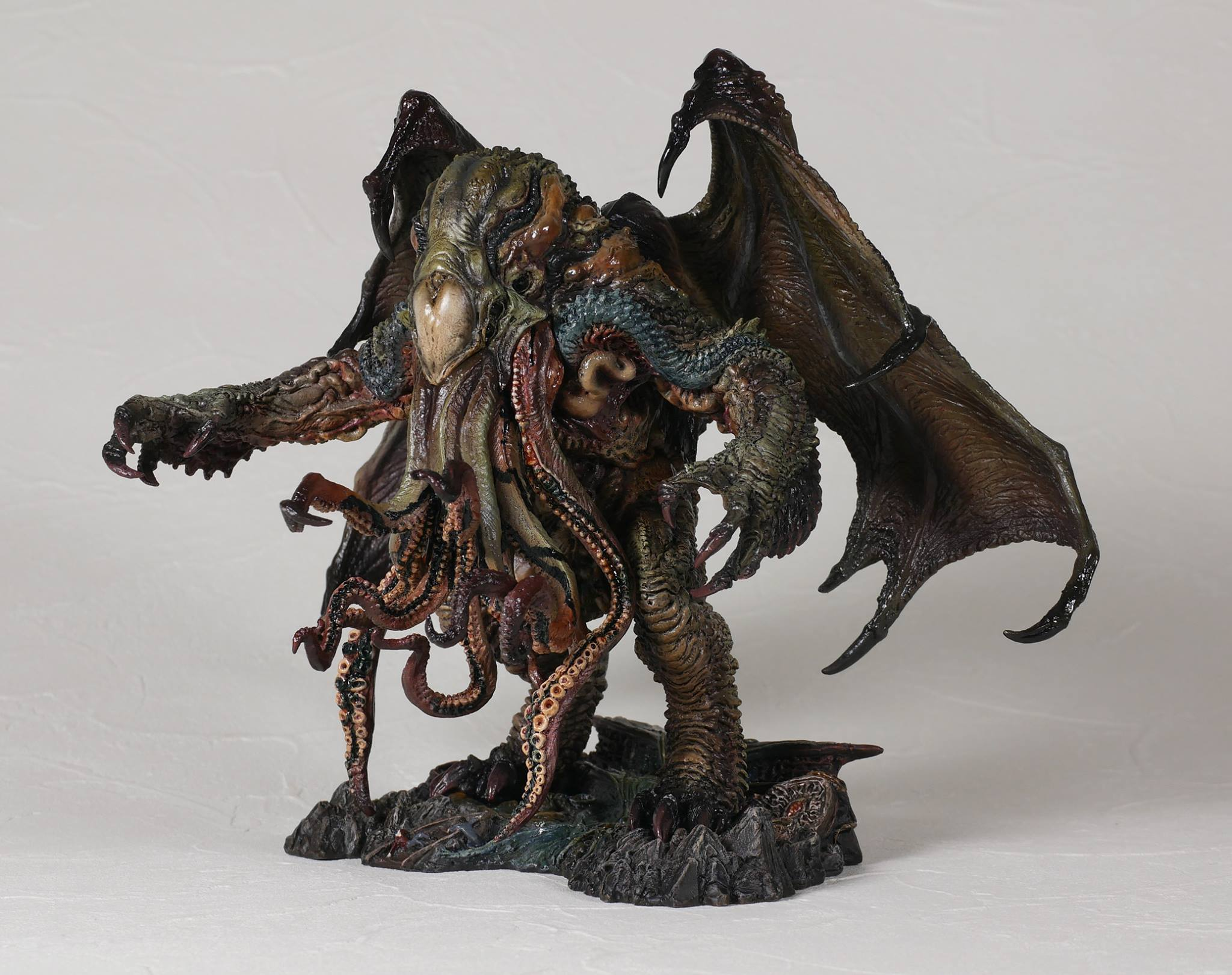 Link a cthulhu-gecco-statue-factory-sample-003