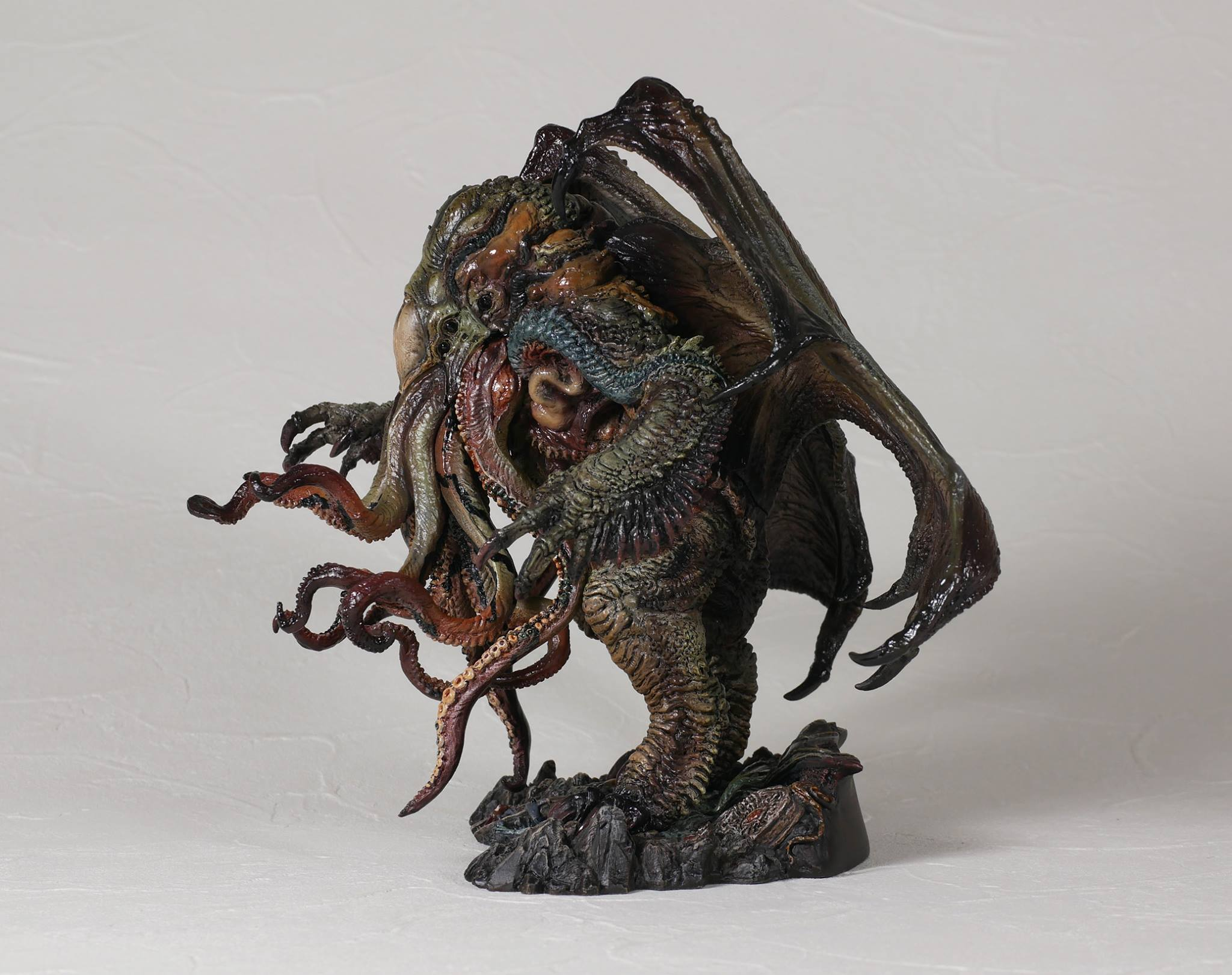 Link a cthulhu-gecco-statue-factory-sample-004