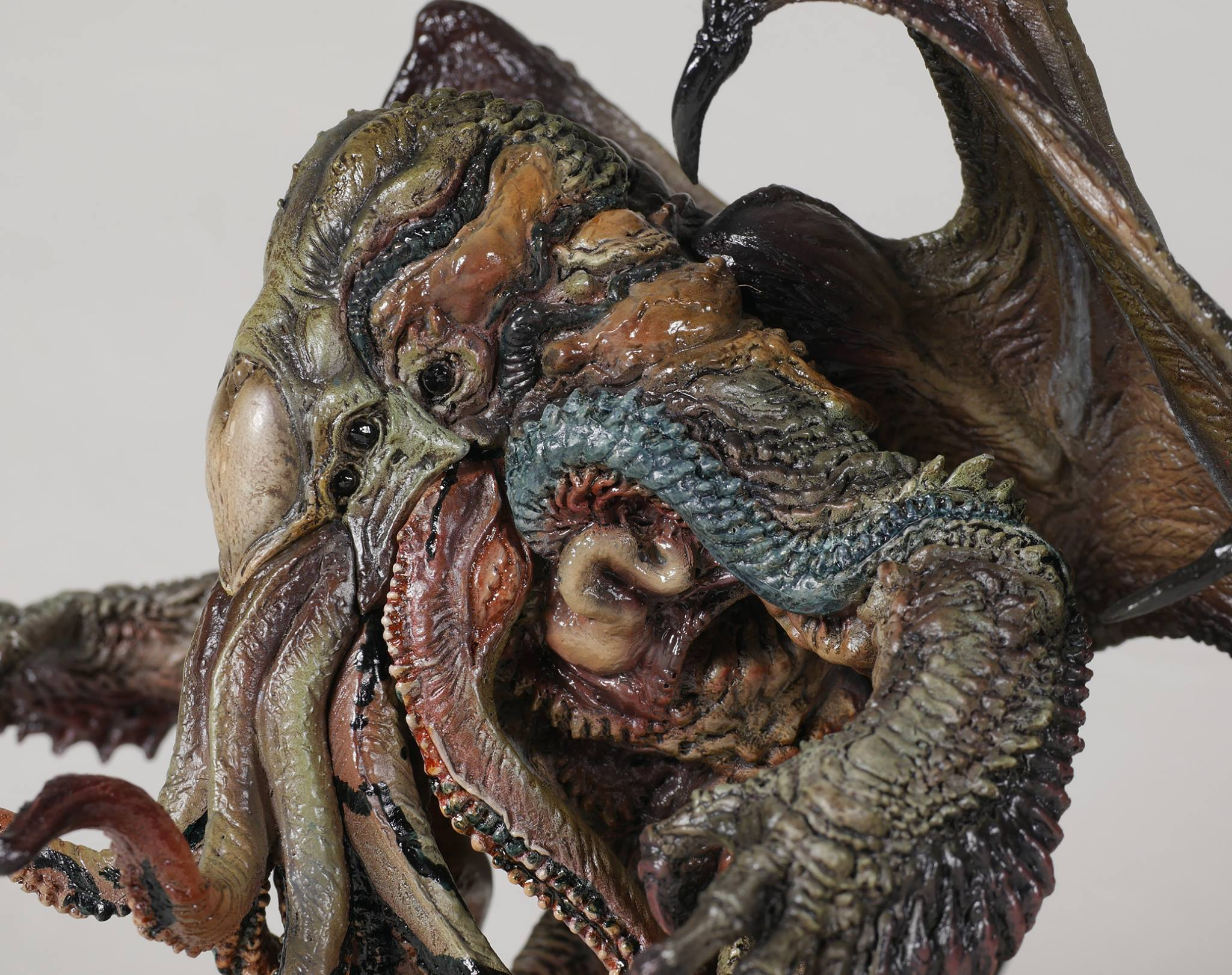 Link a cthulhu-gecco-statue-factory-sample-010