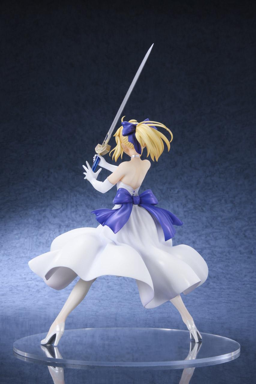 Link a Saber Shiro Dress BellFine pre 02