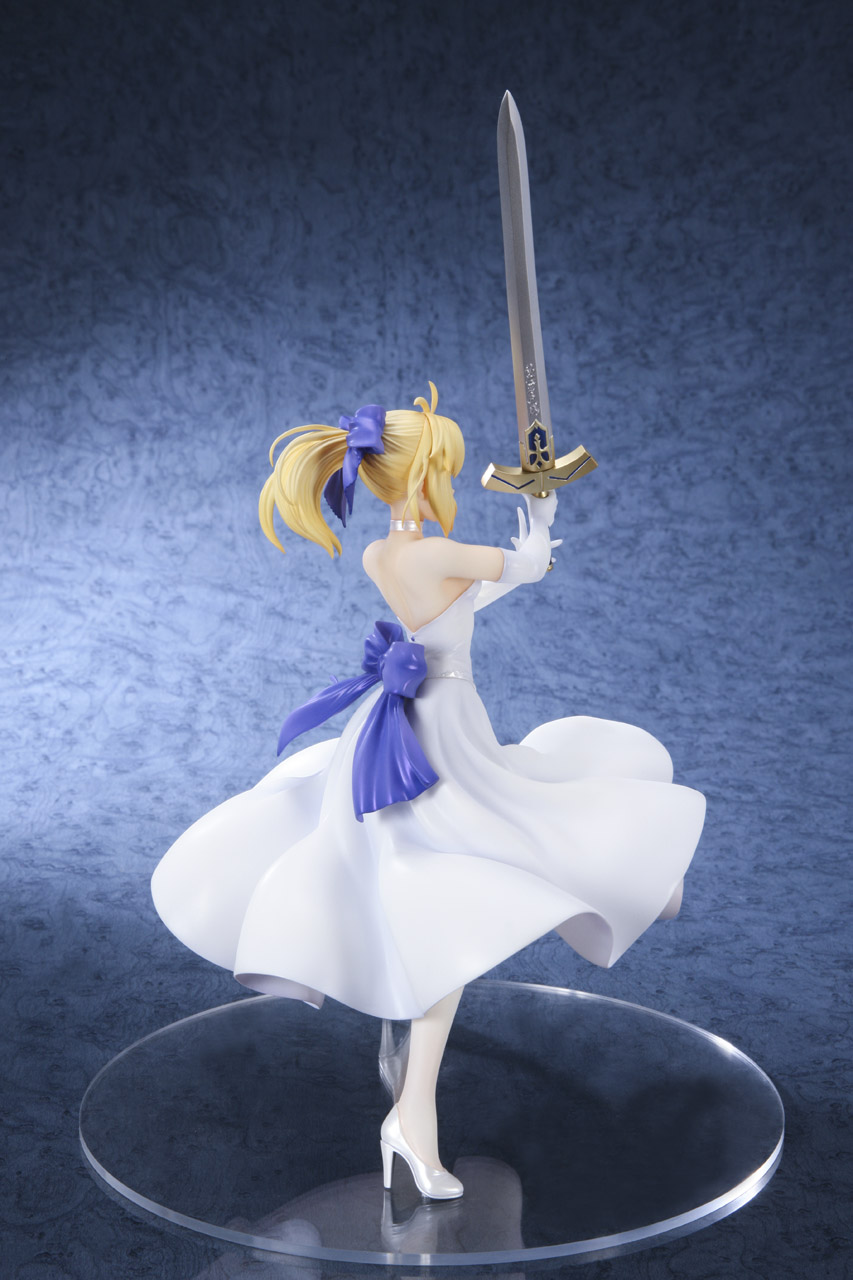 Link a Saber Shiro Dress BellFine pre 03