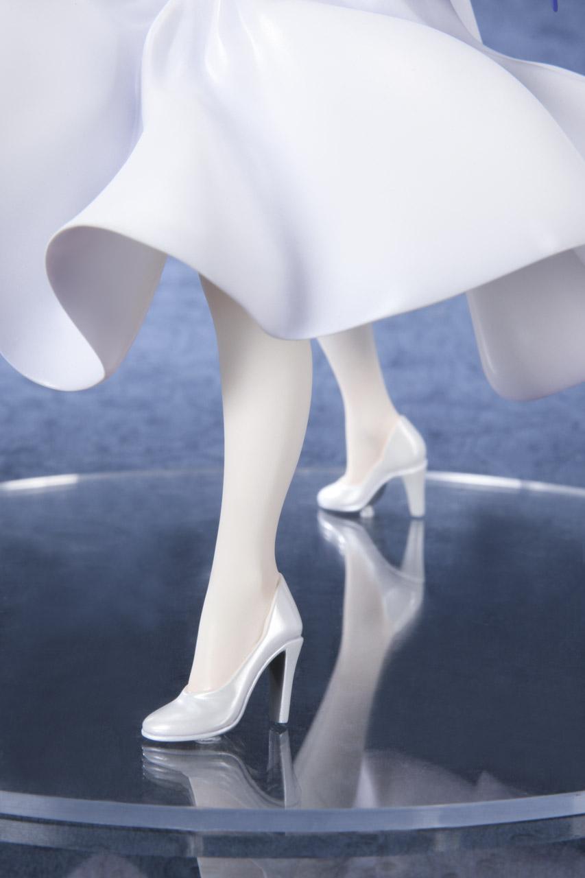 Link a Saber Shiro Dress BellFine pre 10