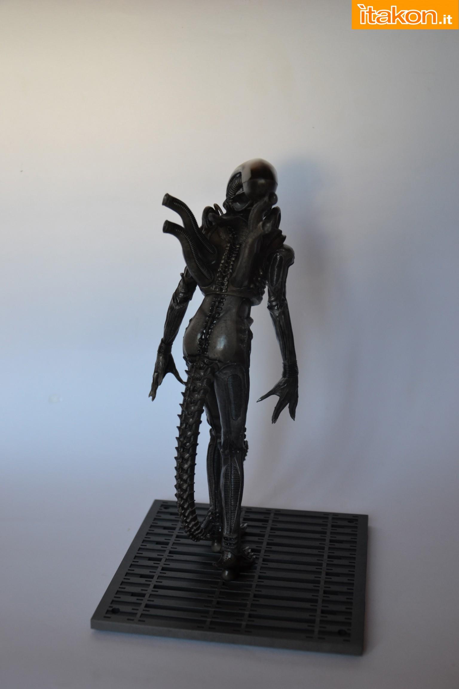 Link a alien-big-chap-recensione-6