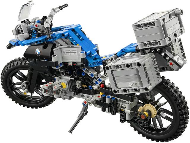Link a lego-technic-bmw-r-1200-gs-adventure-42063-6-066
