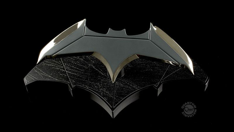 Link a batarang-batman-vs-superman-qmx-pre-04