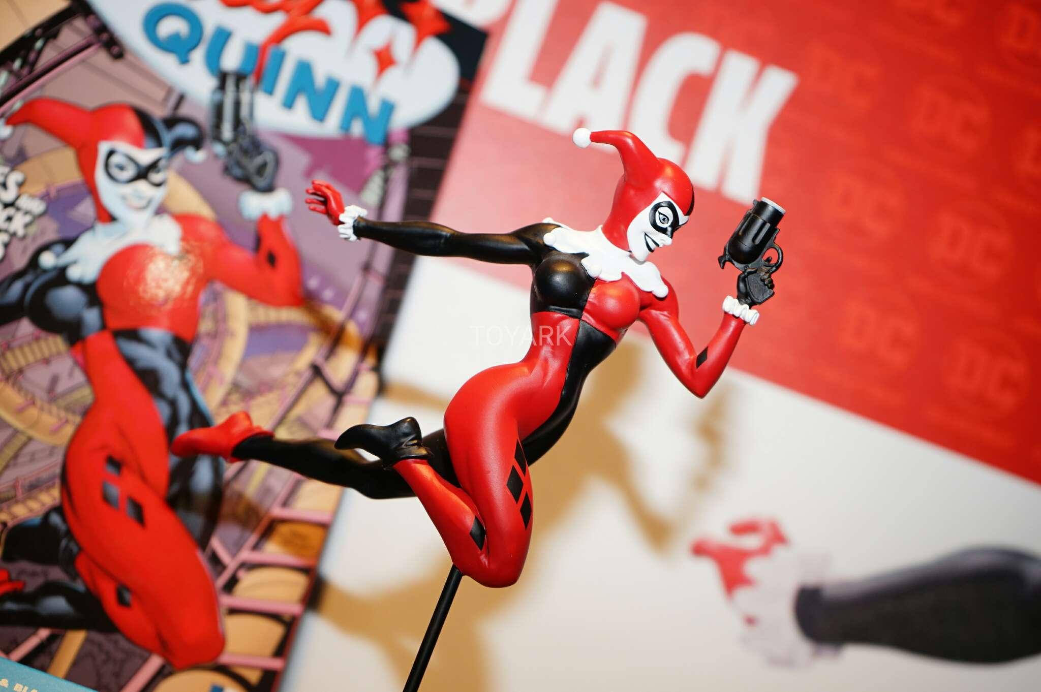 Link a Toy-Fair-2017-DC-Collectibles-128