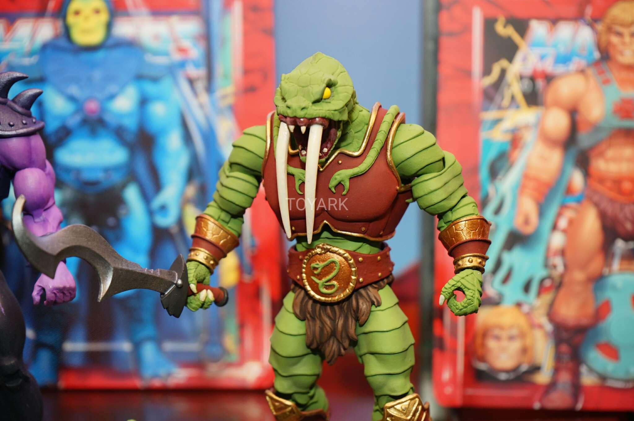 Link a Toy-Fair-2017-Super-7-MOTU-019
