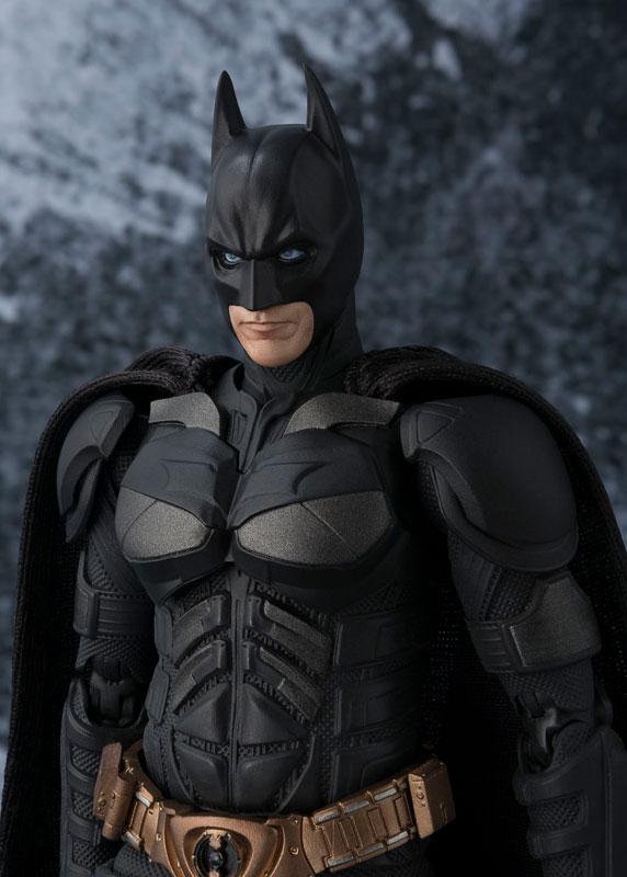 Link a batman-the-dark-knight-bandai-pre-2