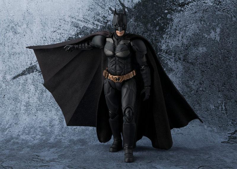 Link a batman-the-dark-knight-bandai-pre-7