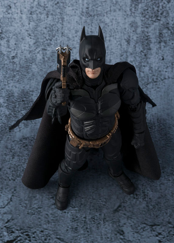 Link a batman-the-dark-knight-bandai-pre-8