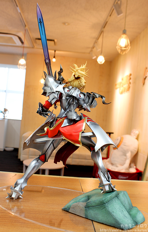 Link a Berserker Tamamo Cat FateGO gallery 03