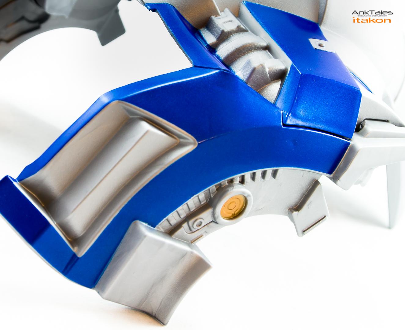 Link a Hasbro Optimus Prime helmet Anktales Itakon_0012