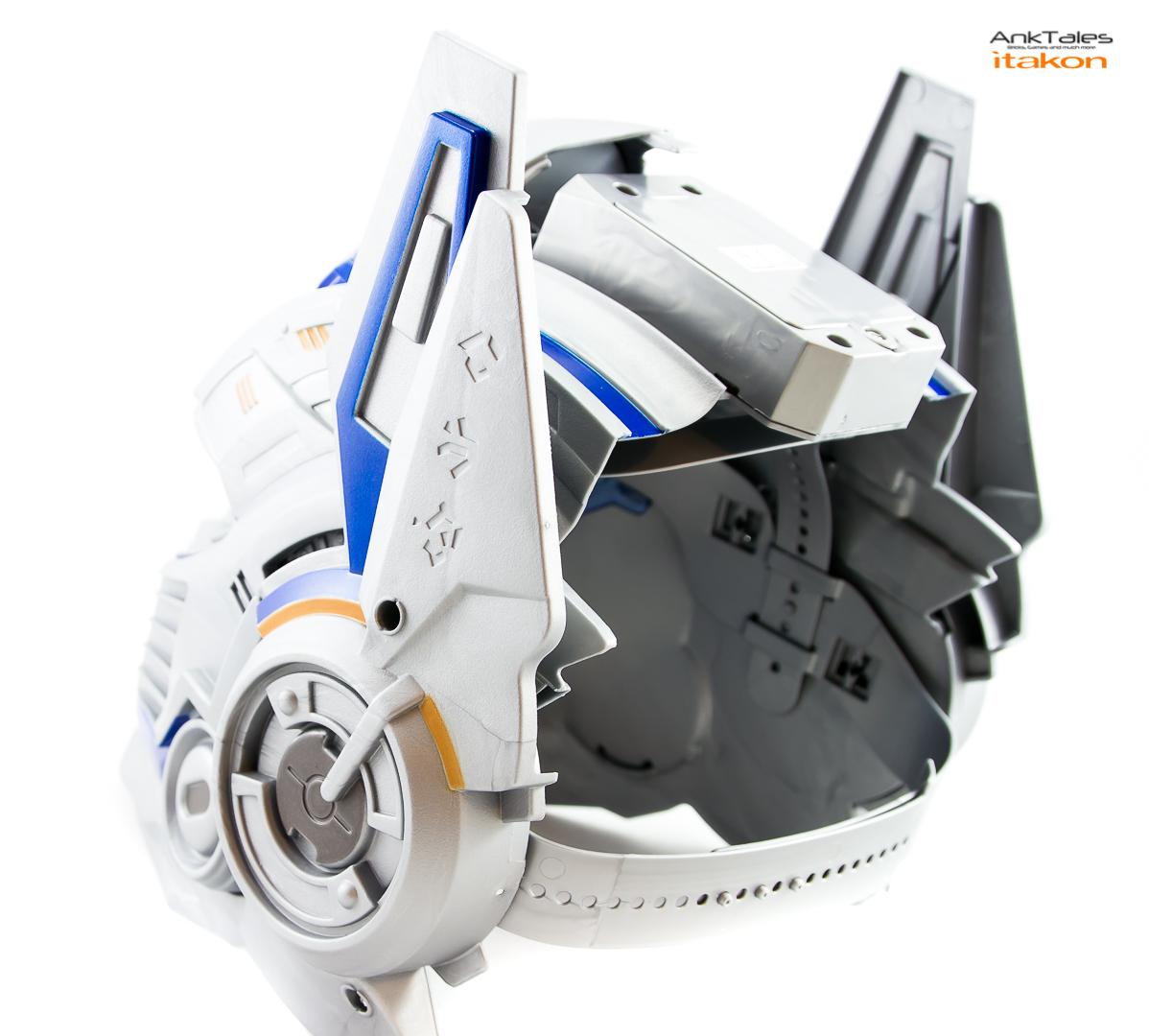 Link a Hasbro Optimus Prime helmet Anktales Itakon_0019