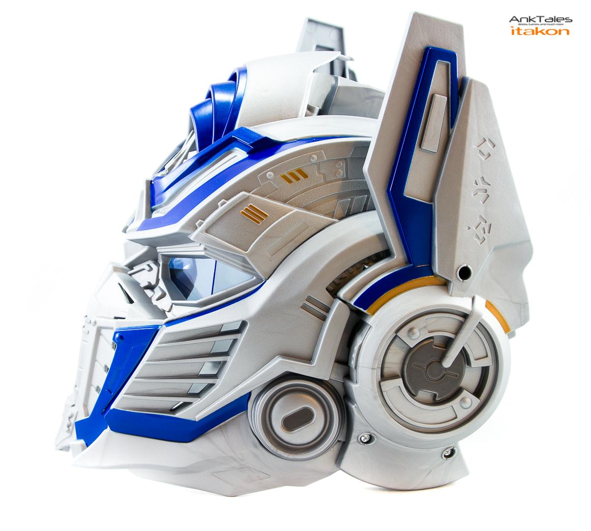 Link a Hasbro Optimus Prime helmet Anktales Itakon_0020