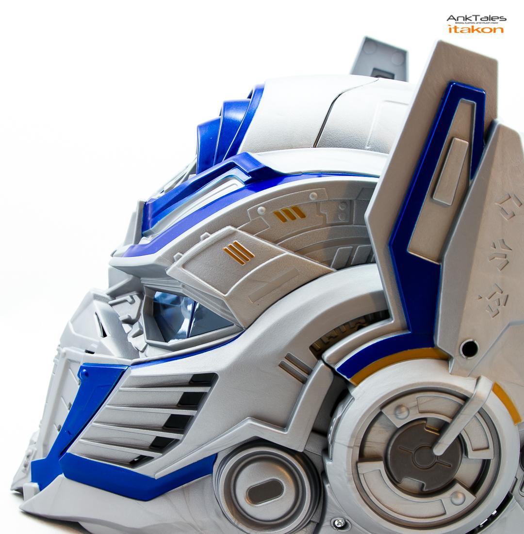 Link a Hasbro Optimus Prime helmet Anktales Itakon_0022