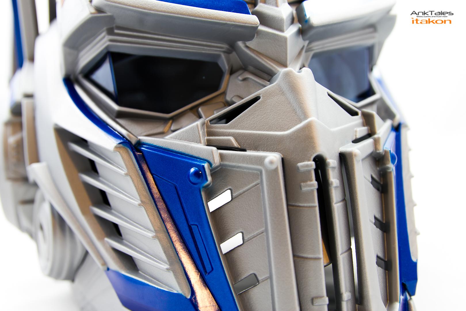 Link a Hasbro Optimus Prime helmet Anktales Itakon_0031