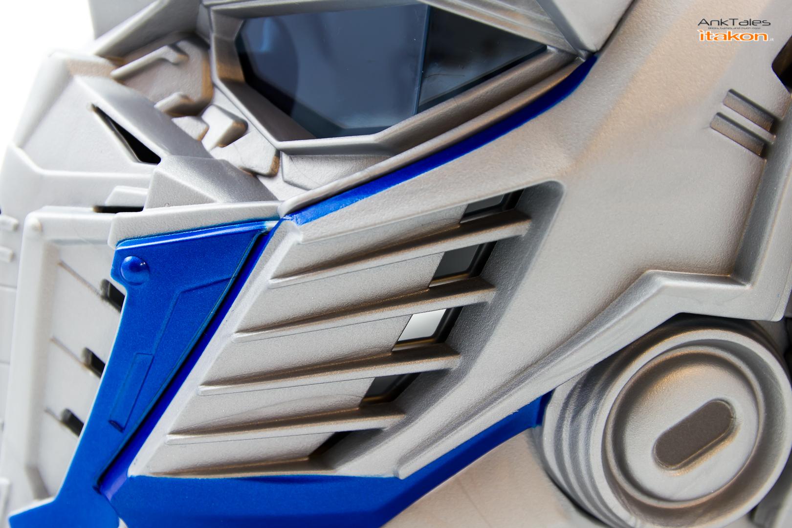 Link a Hasbro Optimus Prime helmet Anktales Itakon_0034