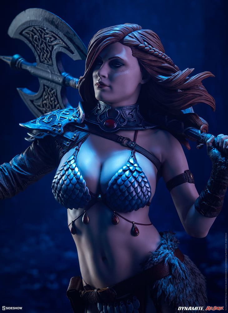 Link a red-sonja-premium-format-figure-sideshow-300529-03
