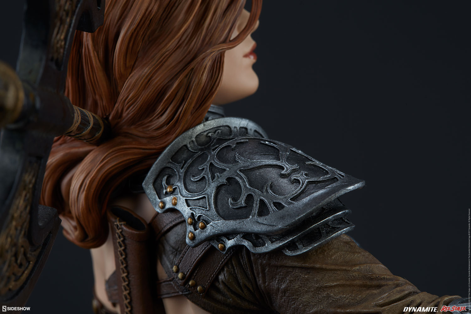 Link a red-sonja-premium-format-figure-sideshow-300529-21