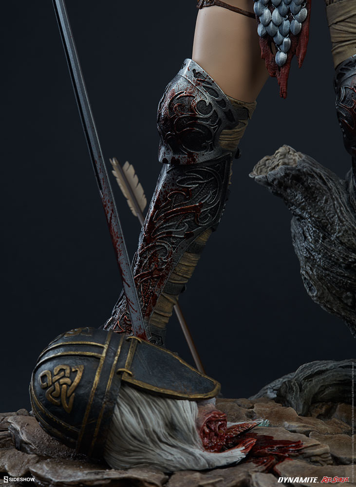 Link a red-sonja-premium-format-figure-sideshow-300529-26
