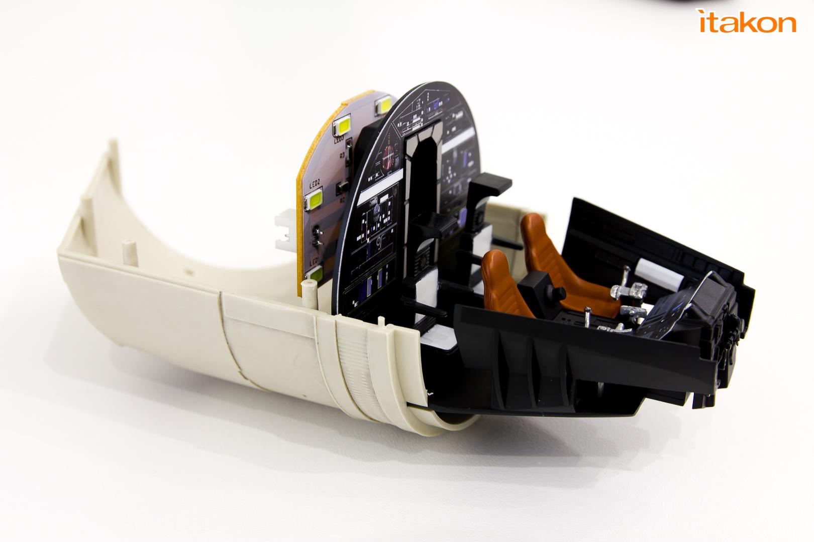 Link a De Agostini ModelSpace Millenniun Falcon Itakon Anktales-32