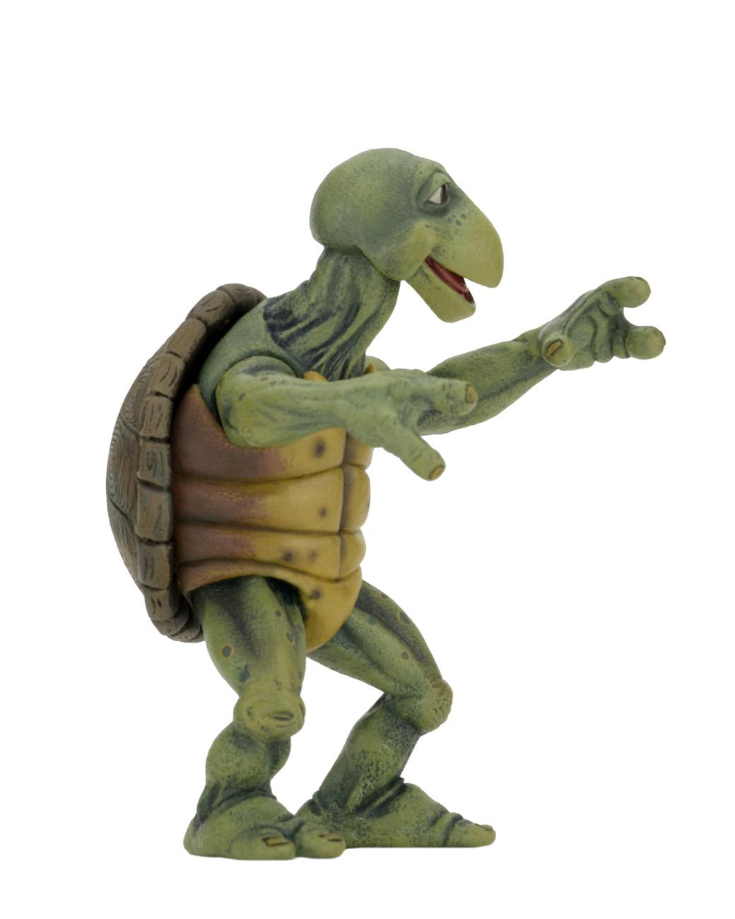 Link a NECA-TMNT-Leonardo-Baby-Turtles-Set-002