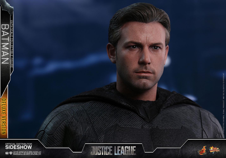 Link a dc-comics-justice-league-batman-deluxe-sixth-scale-figure-hot-toys-903117-16