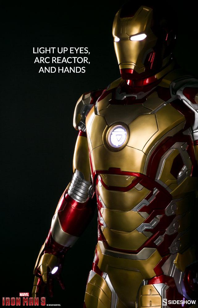 Link a marvel-iron-man-mark-43-life-size-figure-sideshow-400312-03