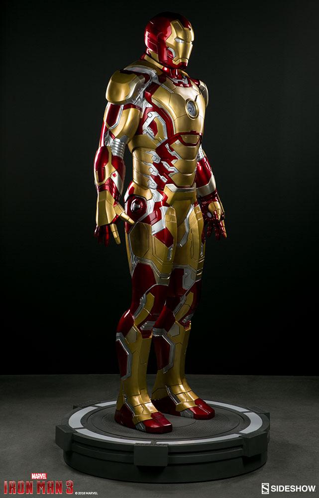 Link a marvel-iron-man-mark-43-life-size-figure-sideshow-400312-07