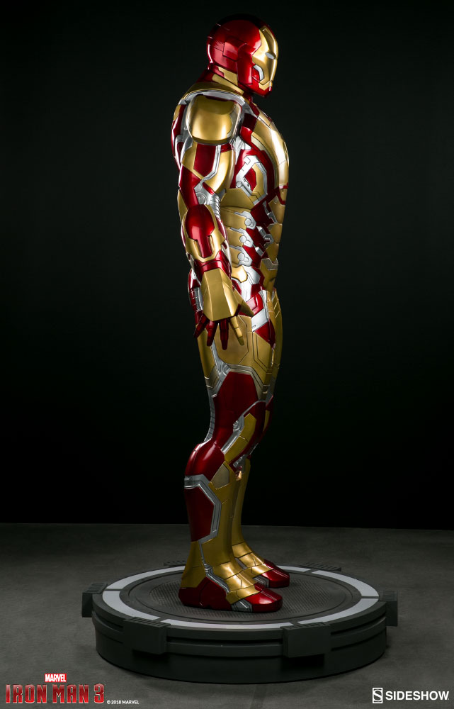 Link a marvel-iron-man-mark-43-life-size-figure-sideshow-400312-08