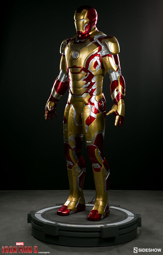Link a marvel-iron-man-mark-43-life-size-figure-sideshow-400312-11