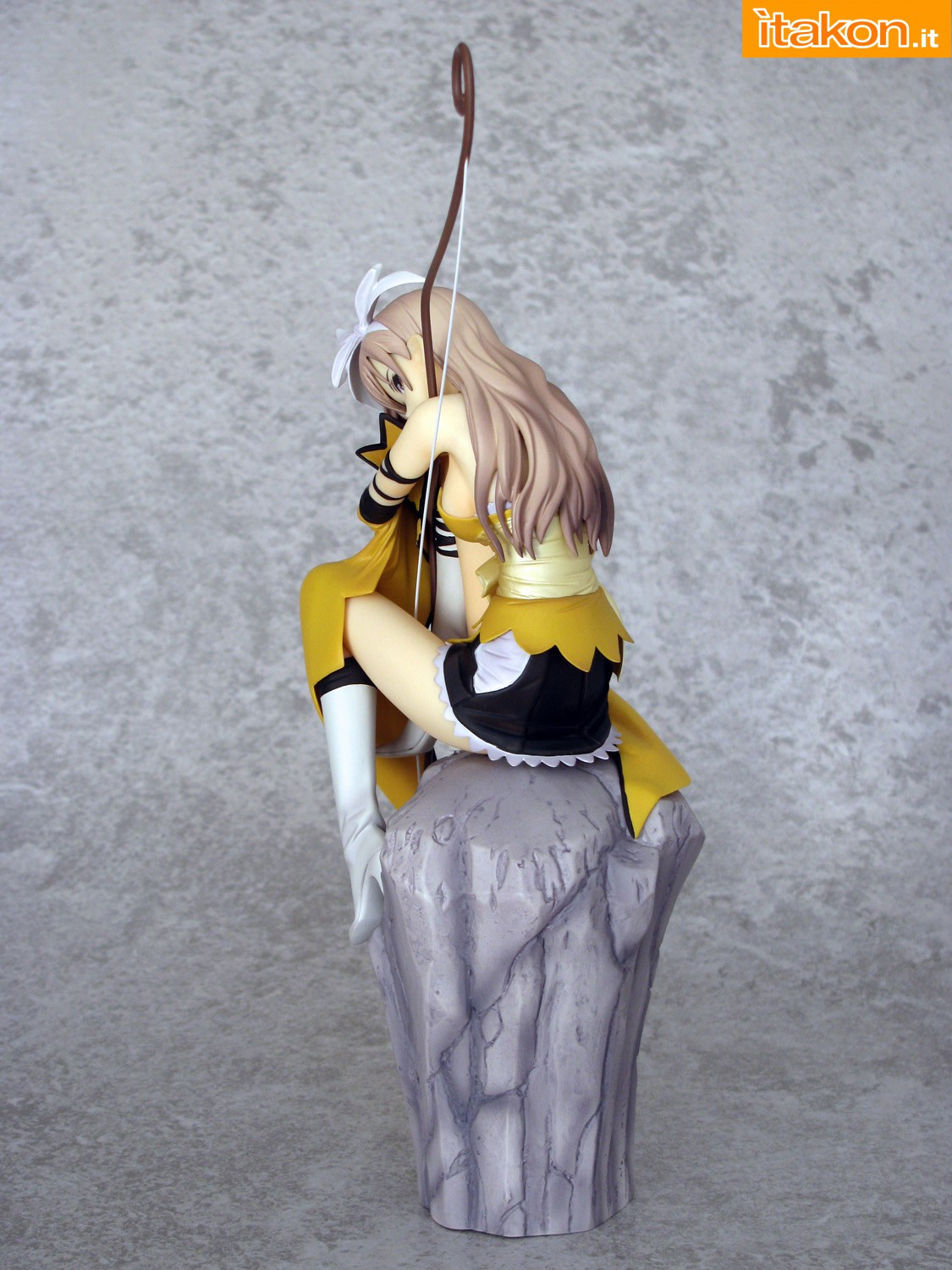 Link a 006 Kureha Shining Wind Orchid Seed Recensione