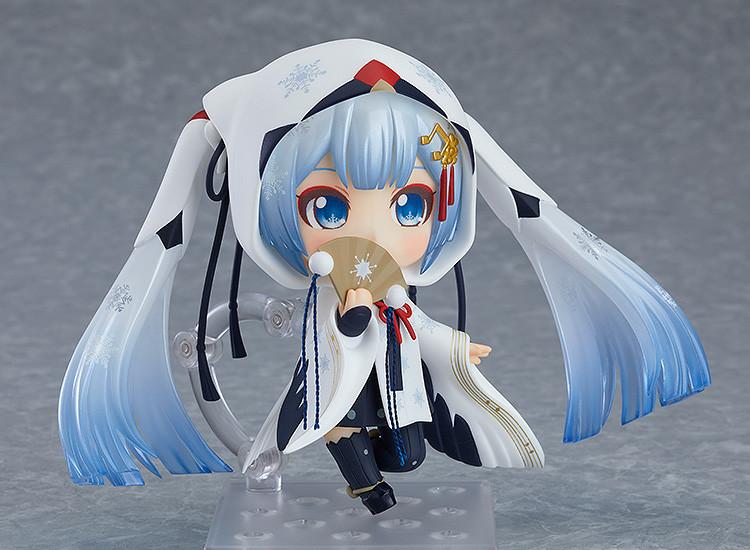 Link a Nendoroid Snow Miku Crane Priestess GSC info 03