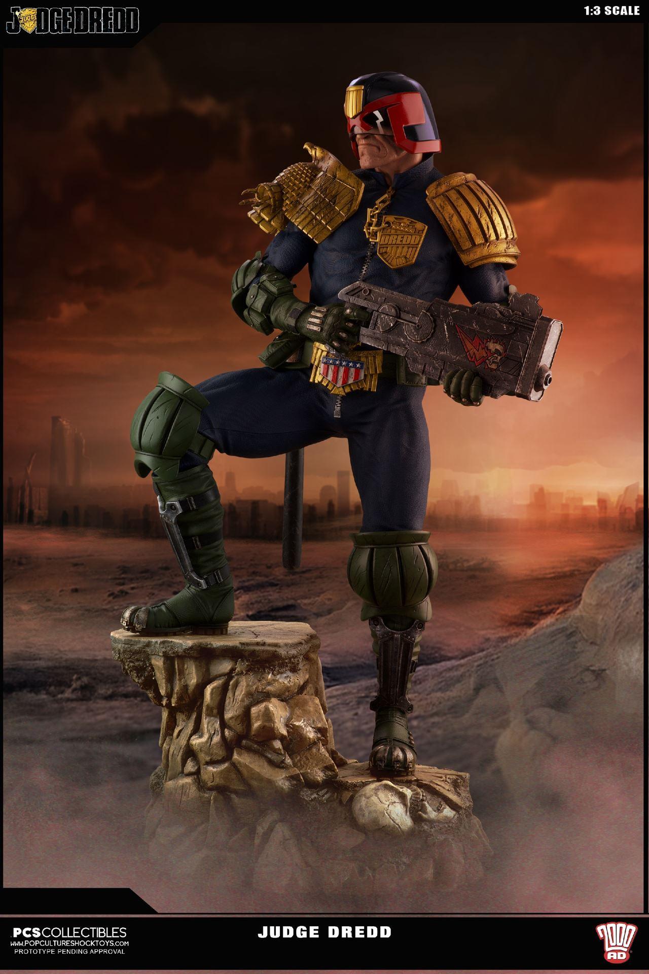 Link a PCS-Judge-Dredd-Statue-001