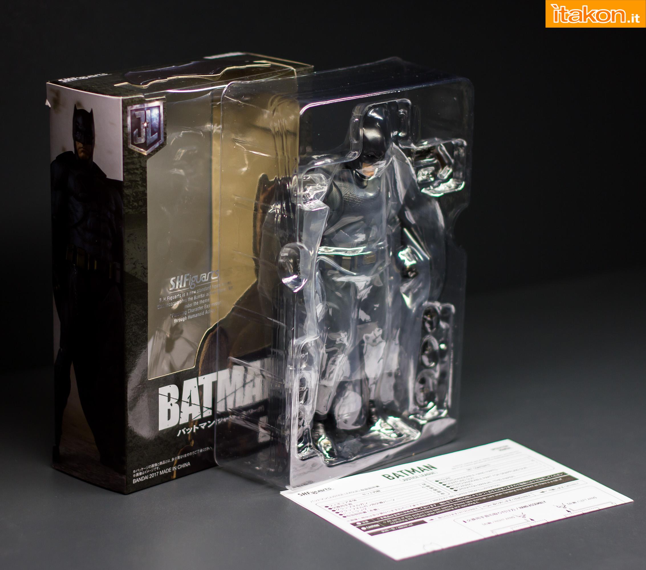 Link a Bandai S.H Figuarts Batman Justice League-10