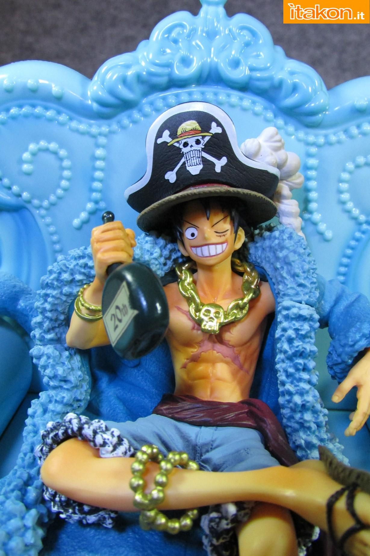Link a Recensione Review Monkey D. Luffy One Piece 20th Anniversary ver. Figuarts ZERO di Bandai 46