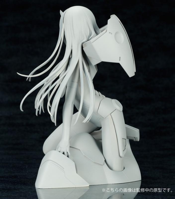 Link a Zero Two Kotobukiya prototype (2)