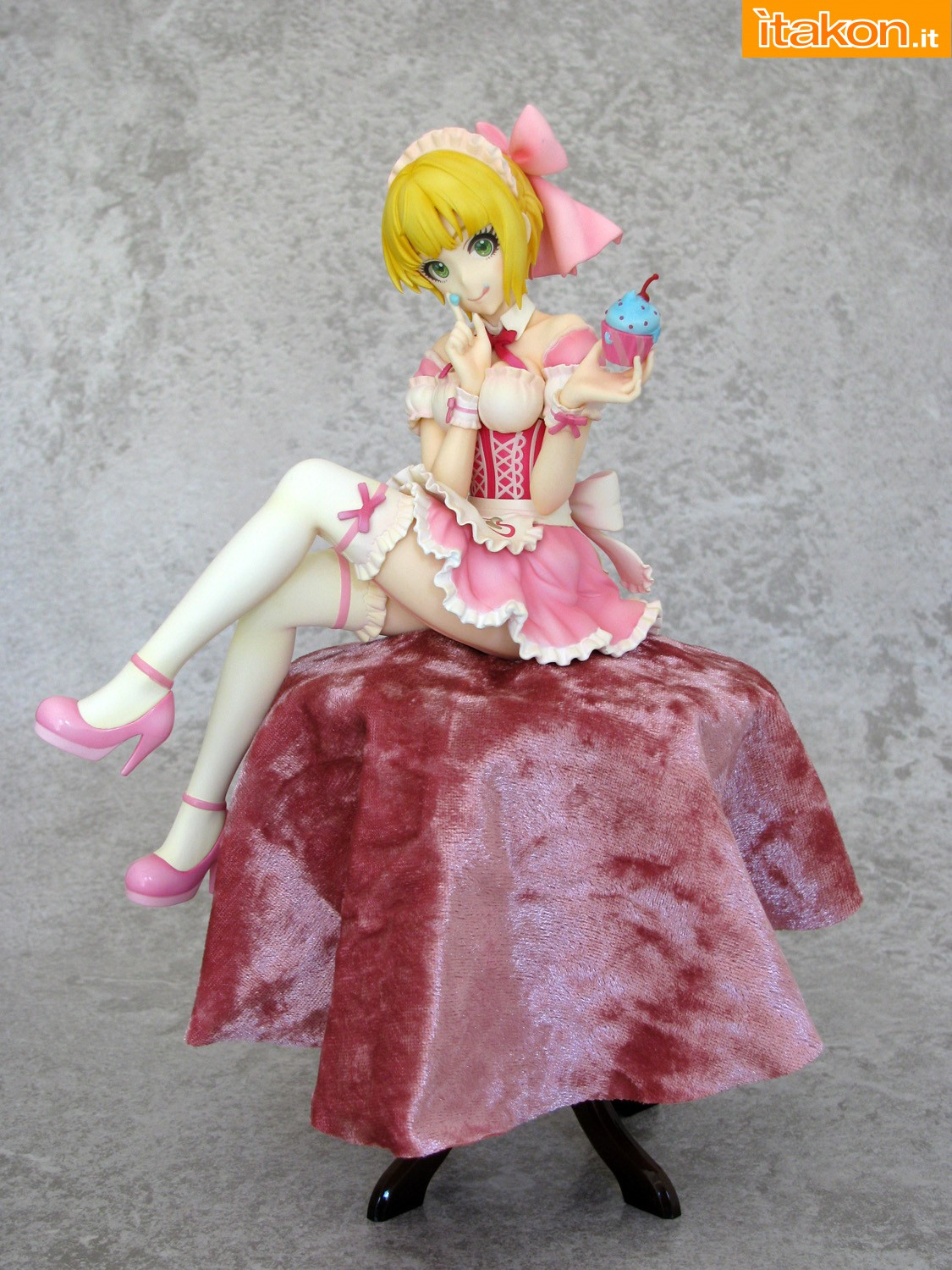 Link a 005 Frederica Miyamoto Little Devil Maid Phat recensione