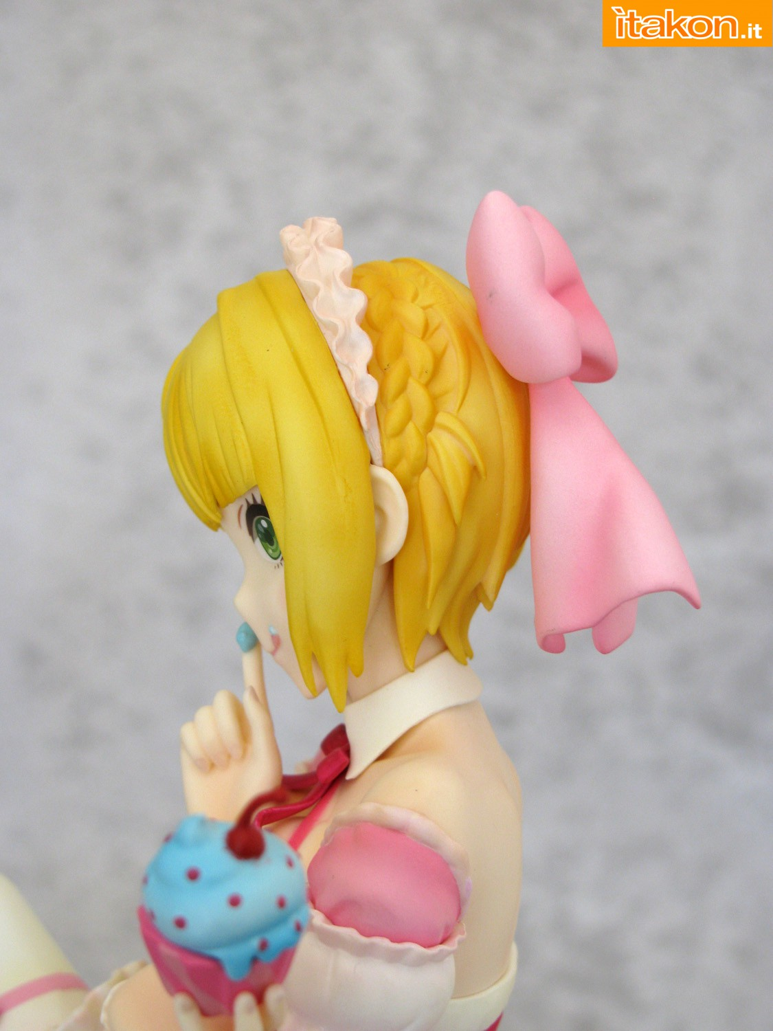 Link a 014 Frederica Miyamoto Little Devil Maid Phat recensione