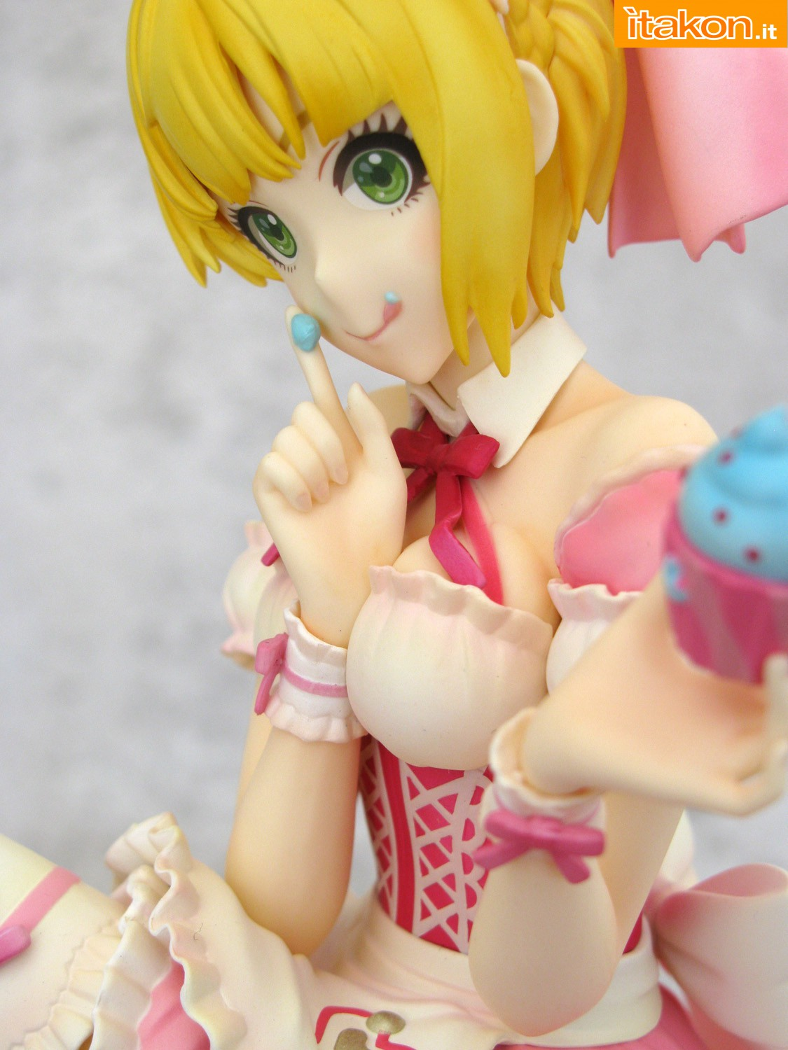 Link a 038 Frederica Miyamoto Little Devil Maid Phat recensione