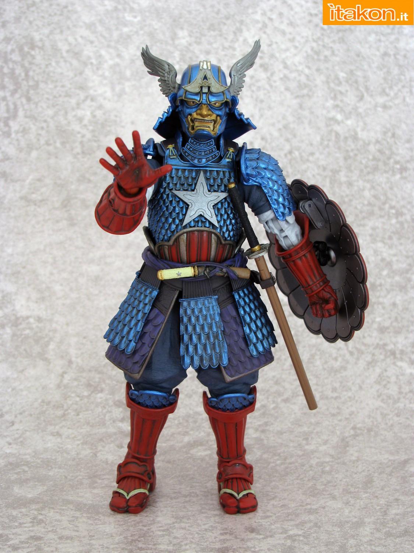 Link a 045 Samurai Captain America Manga Realization Bandai recensione