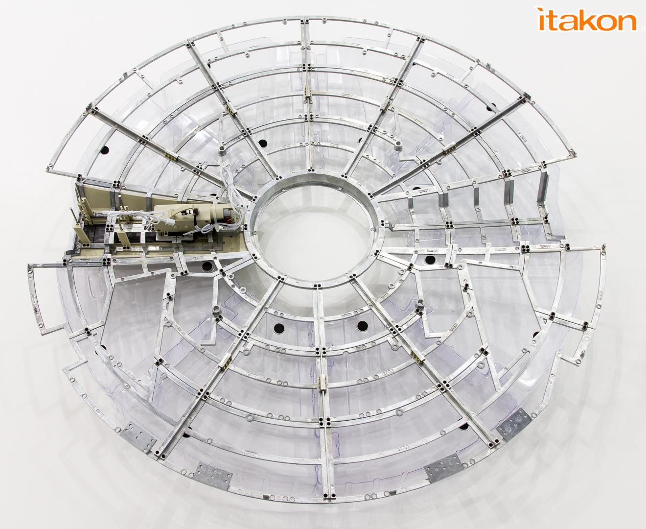 Link a De Agostini ModelSpace Millenniun Falcon Itakon _24