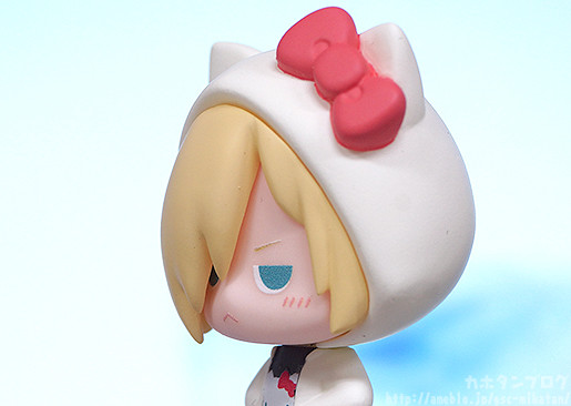 Link a Yuri on ICE x Sanrio Characters GSC pics 10