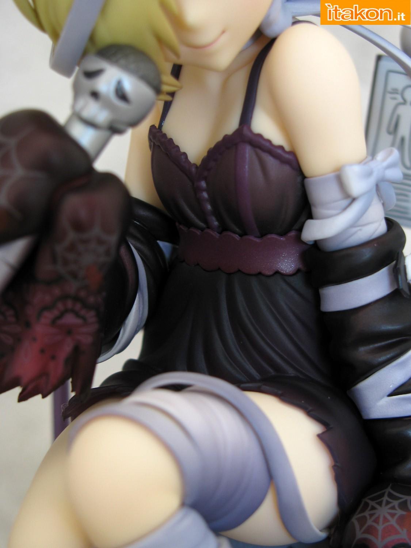 Link a 041 Koume Shirasaka Halloween IMAS Max Factory recensione