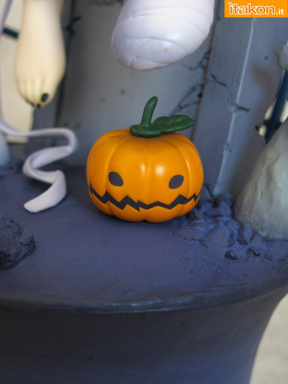 Link a 049 Koume Shirasaka Halloween IMAS Max Factory recensione