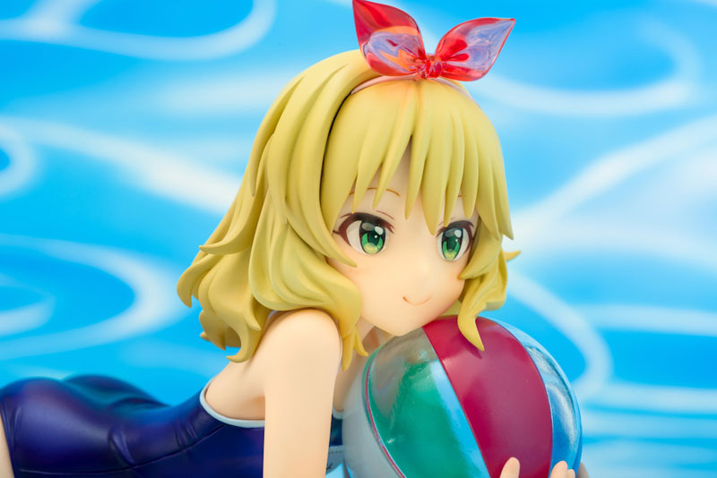 Link a Momoka Sakurai PLUM Amiami exclusive 12