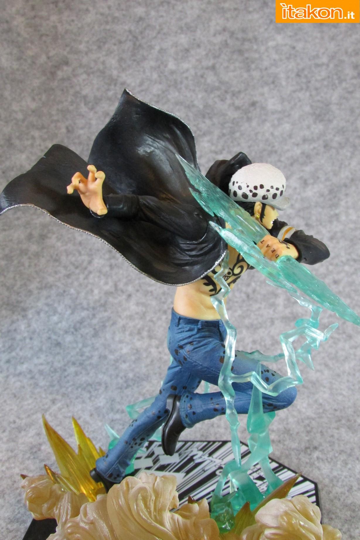 Link a One Piece Trafalgar Law Gamma Knife Figuarts ZERO Chou Gekisen Extra Battle Recensione Review Itakon.it 20